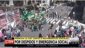 Manifestantes se concentran en Corrientes y Callao antes de marchar al Congreso