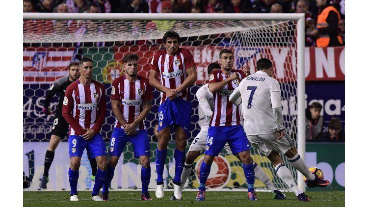 Cristiano Ronaldo anotó el primer gol del Real Madrid ante el Atlético