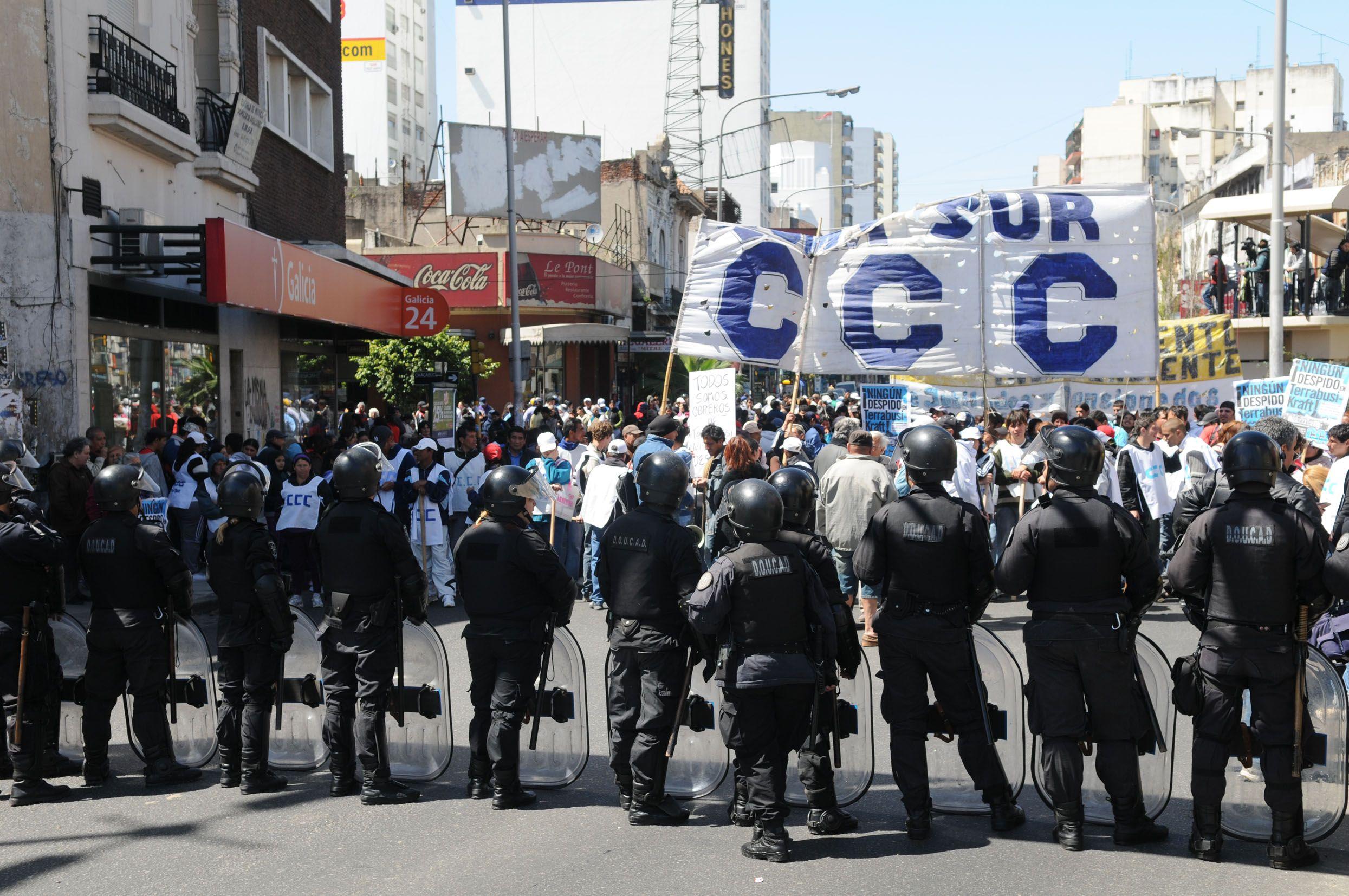 Una de las marchas al Congreso Nacional que realizó la Corriente Clasista y Combativa