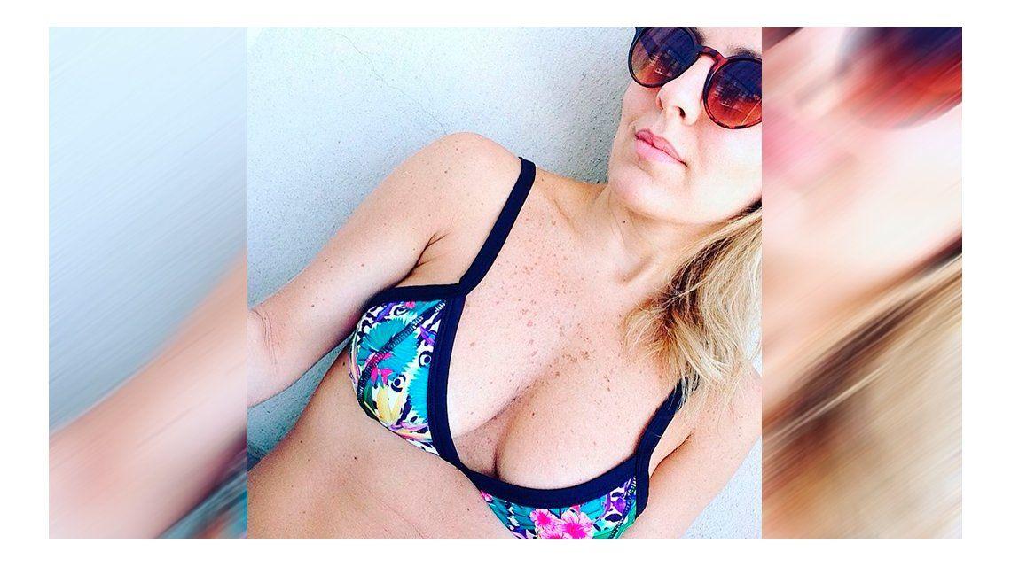 La selfie en bikini de Cora Debarbieri.