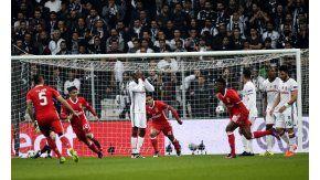 Benfica lo ganaba 3 a 0 pero Besiktas terminó igualando el partido sobre el final
