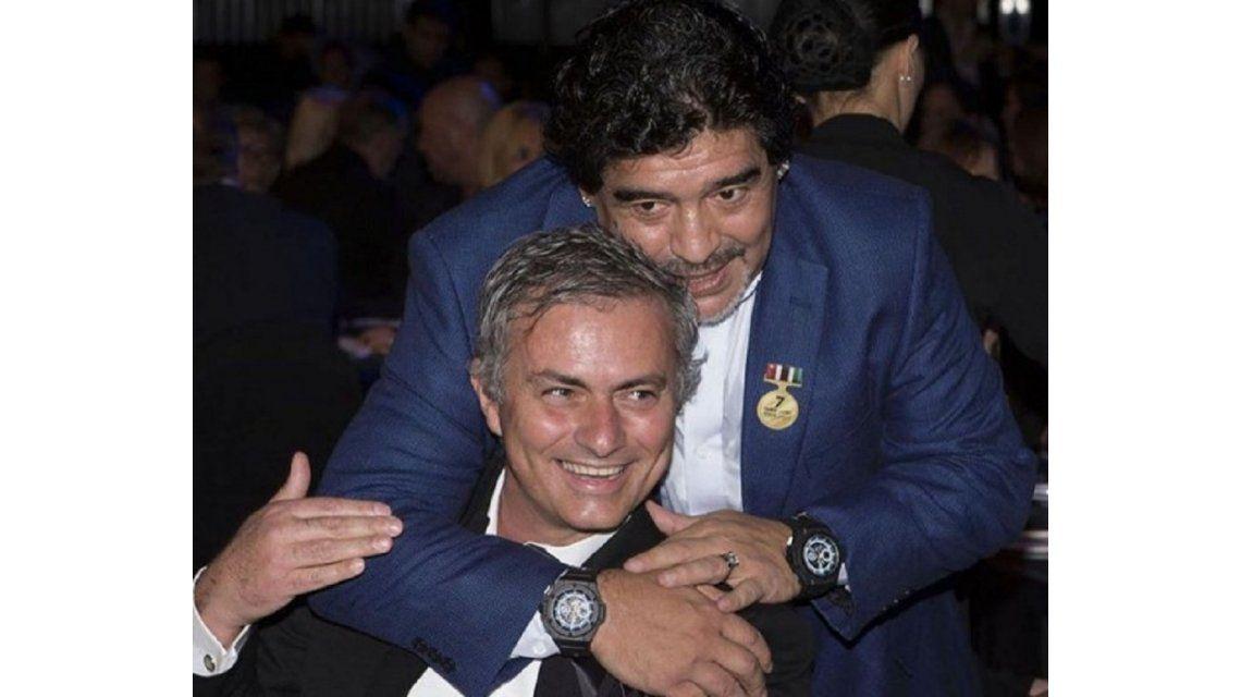 Maradona respaldó a Mourinho - Crédito: @josemourinho