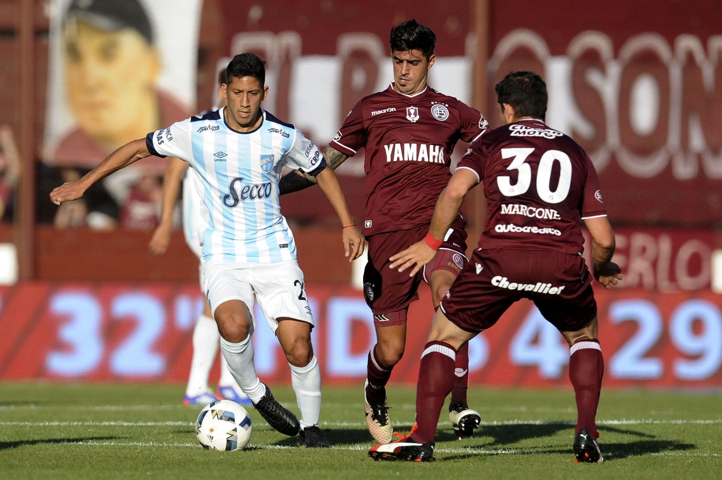 Lanús enfrenta a Atlético Tucumán en el Sur