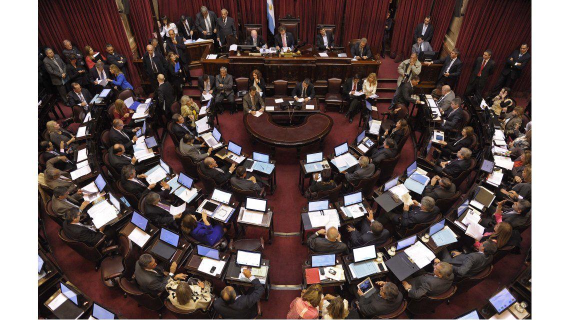 Senado aprobó la emergencia social