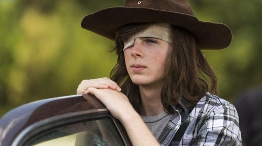 The Walking Dead . Carl Grimes (Chandler Riggs) viajará a Hilltop.
