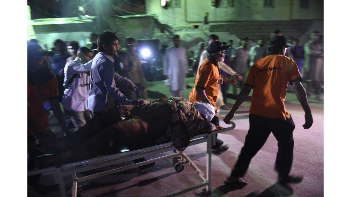 Al menos 52 personas murieron y 105 resultaron heridas