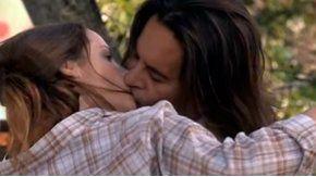 El beso apasionado de Laport y Carina Zampini.