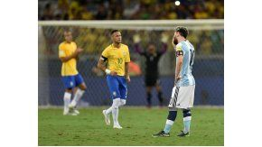 Messi sufre la caída ante Brasil por las Eliminatorias