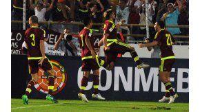 Venezuela aplastó a Bolivia por Eliminatorias