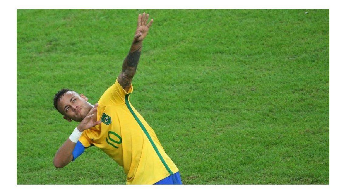 Neymar anotó el segundo gol de Brasil ante Argentina en Belo Horizonte por Eliminatorias