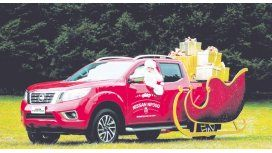Nissan transformó una NP300 Frontier en un poderoso trineo con el que se repartirán regalos en estas navidades.