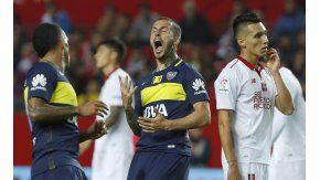 Benedetto celebra su tanto ante Sevilla
