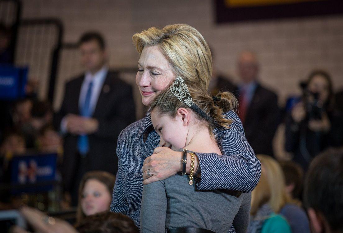 Hillary Clinton: Pase lo que pase esta noche gracias por todo