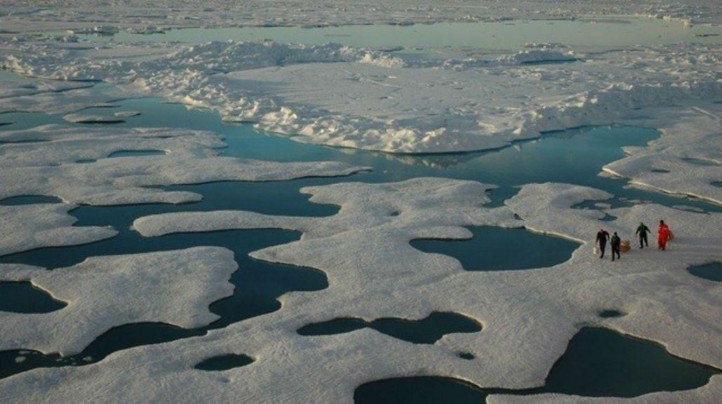 Un extraño sonido del mar desconcierta a los habitantes de un pueblo en Canadá.