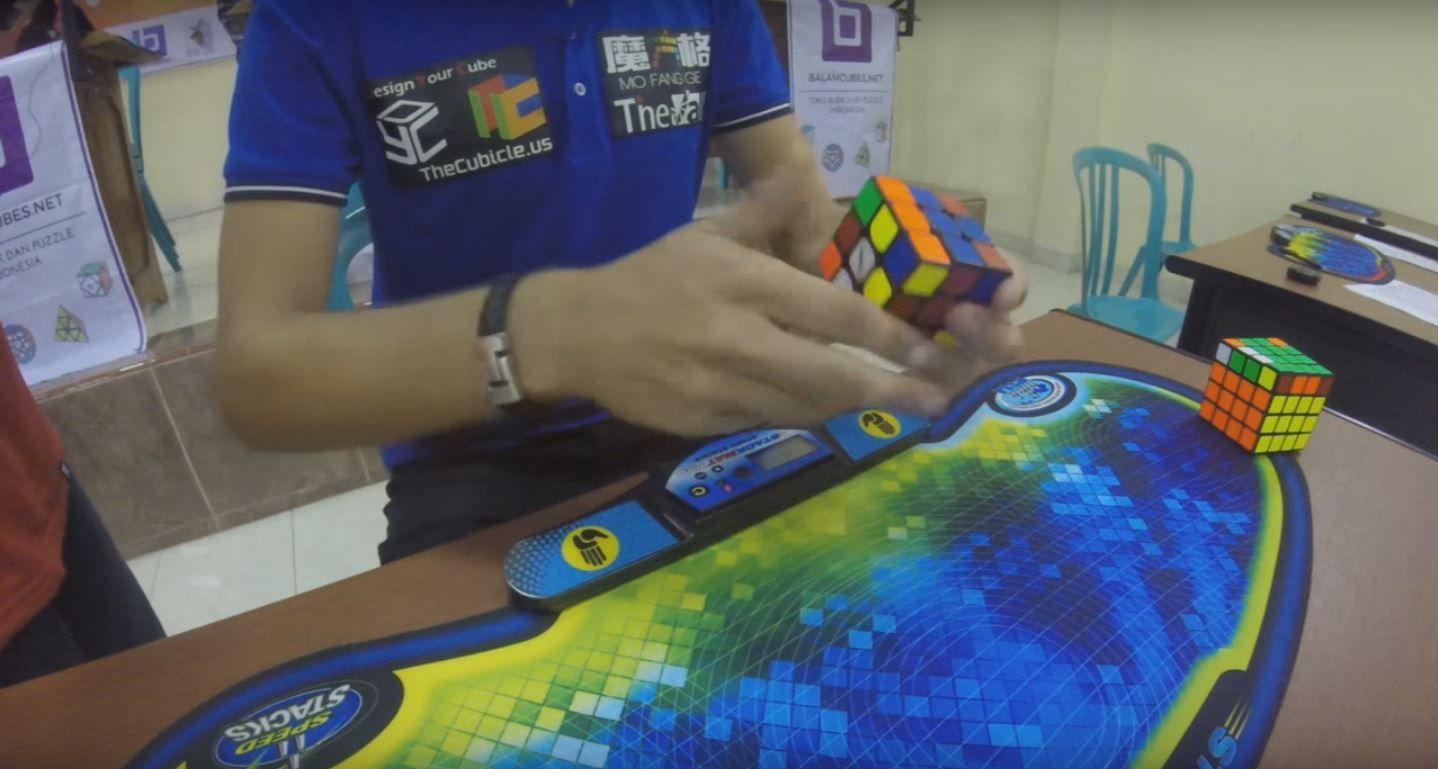 Un chico de 20 años logró marcar en nuevo récord mundial de armado de Cubo Rubik