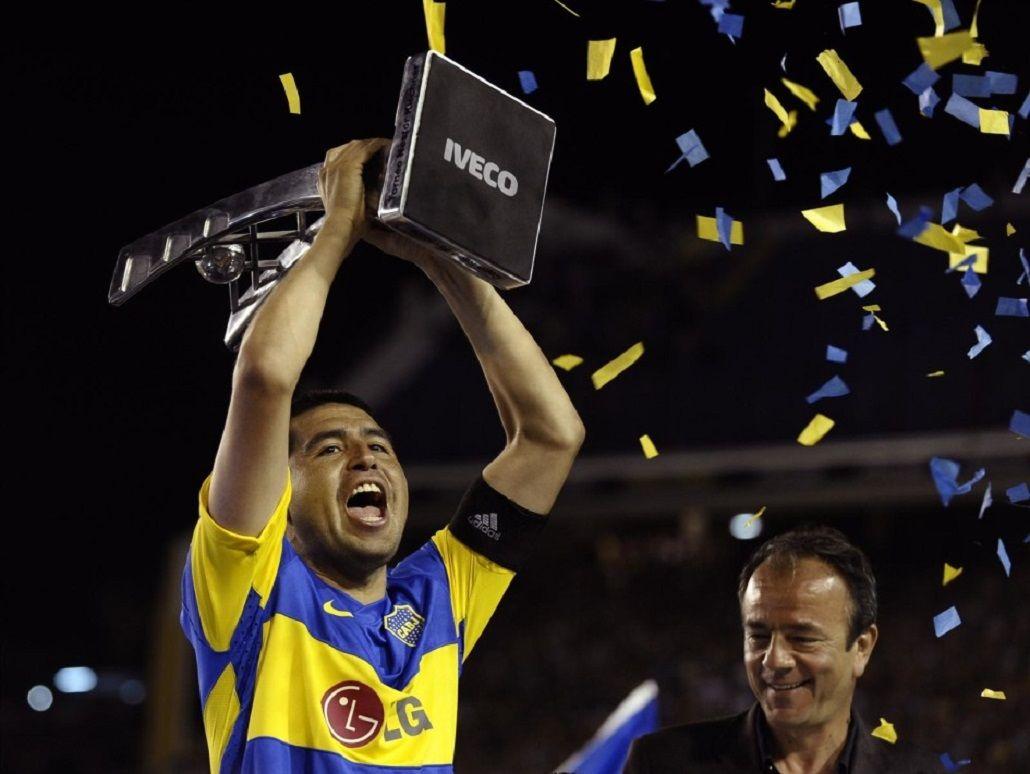 Riquelme podría jugar la Copa Libertadores para Atlético Tucumán.