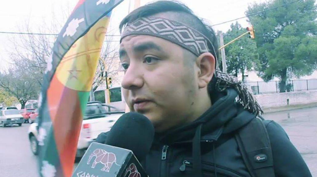 Facebook le inhabilitó la cuenta a un hombre por tener un nombe mapuche.