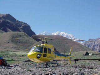 Helicóptero de rescate del Parque Provincial Aconcagua