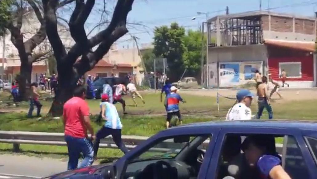 Barras de Tigre protagonizaron graves incidentes.