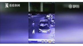 Accidente fatal: atropelló a una nena y su mamá estaba distraída con el celular