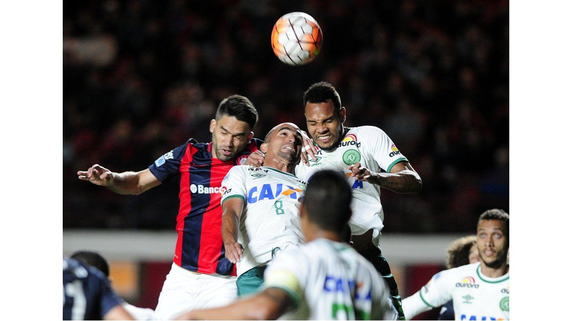 San Lorenzo enfrenta a Chapecoense por la semifinal de la Copa Sudamericana