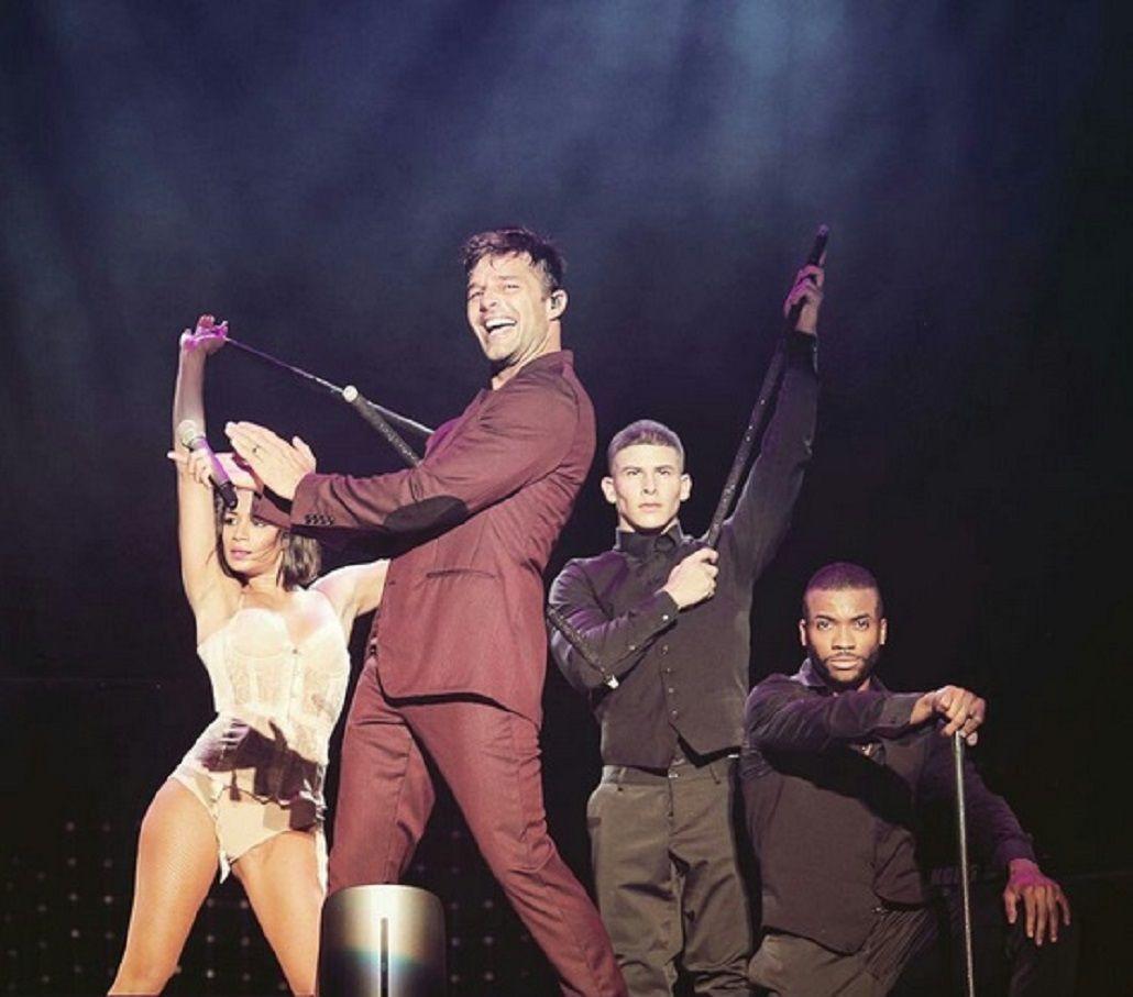 Ricky Martin comenzó su gira en Argentina e hizo delirar a 15 a mil personas