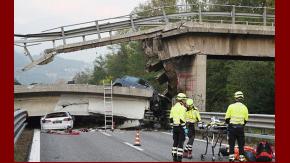 Como consecuencia de la caída de la estructura, murió un hombre de 68 años
