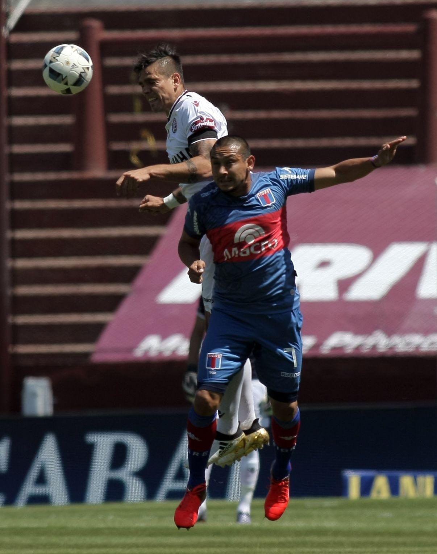 Luna anotó su quinto gol en el torneo