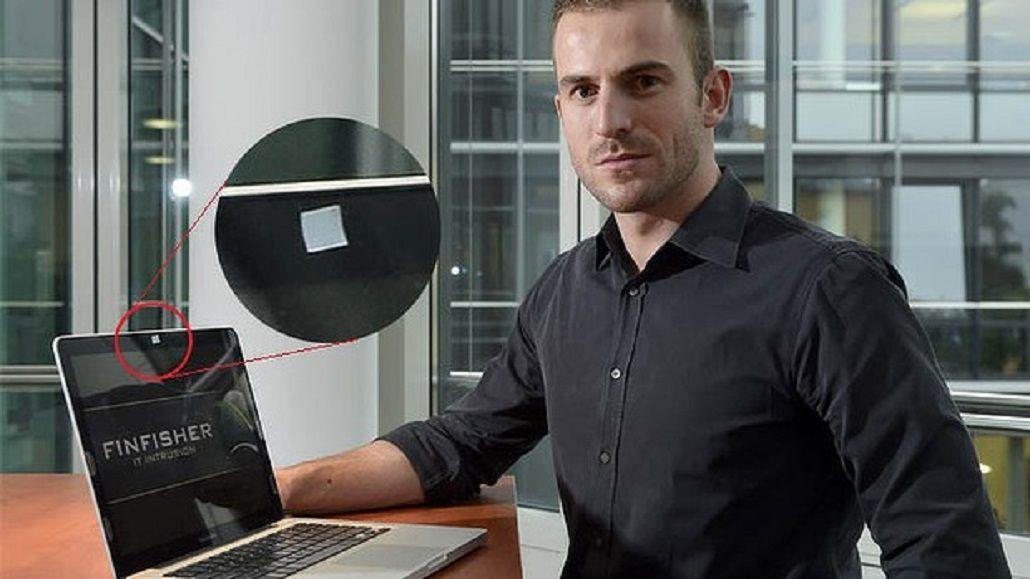 Expertos en seguridad informática cubren sus cámaras con cinta