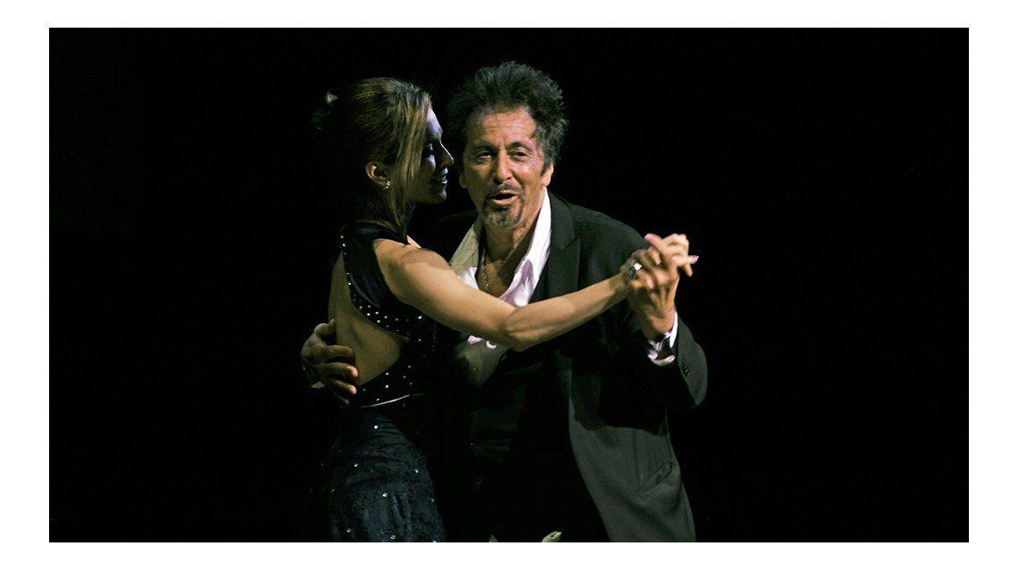 Al Pacino bailó tango en el Colón.