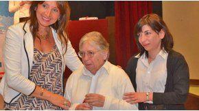 Después de años de esfuerzo y estudio, Nélida Sanguinetti (81) obtuvo su diploma en Desarrollo Local.