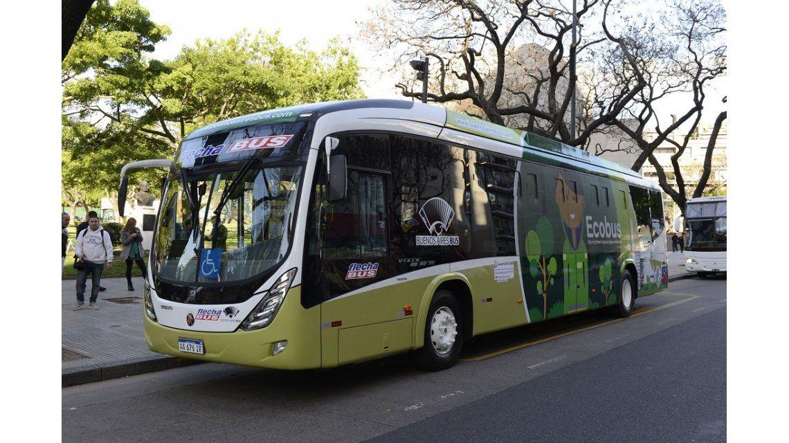 Comenzó a funcionar el primer bus híbrido en la Argentina