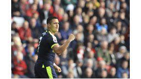 Alexis Sánches finalizó un a gran jugada del Arsenal, que incluyó 22 pases ante el Sunderland