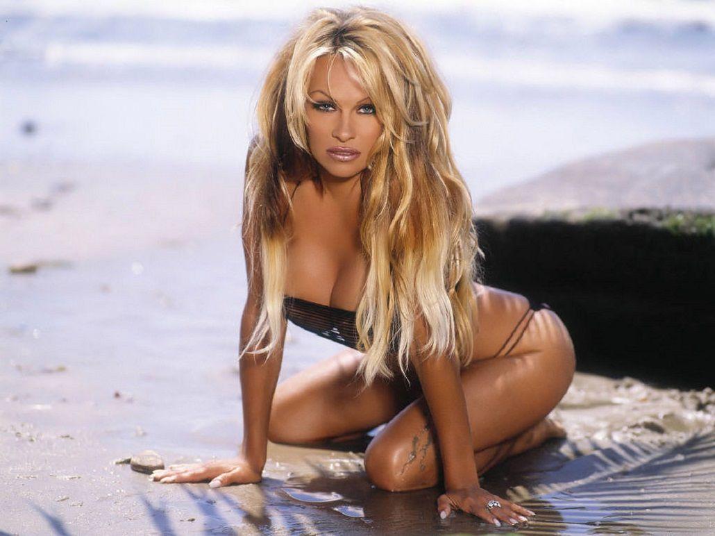 Pamela Anderson habló de su vida sexual.