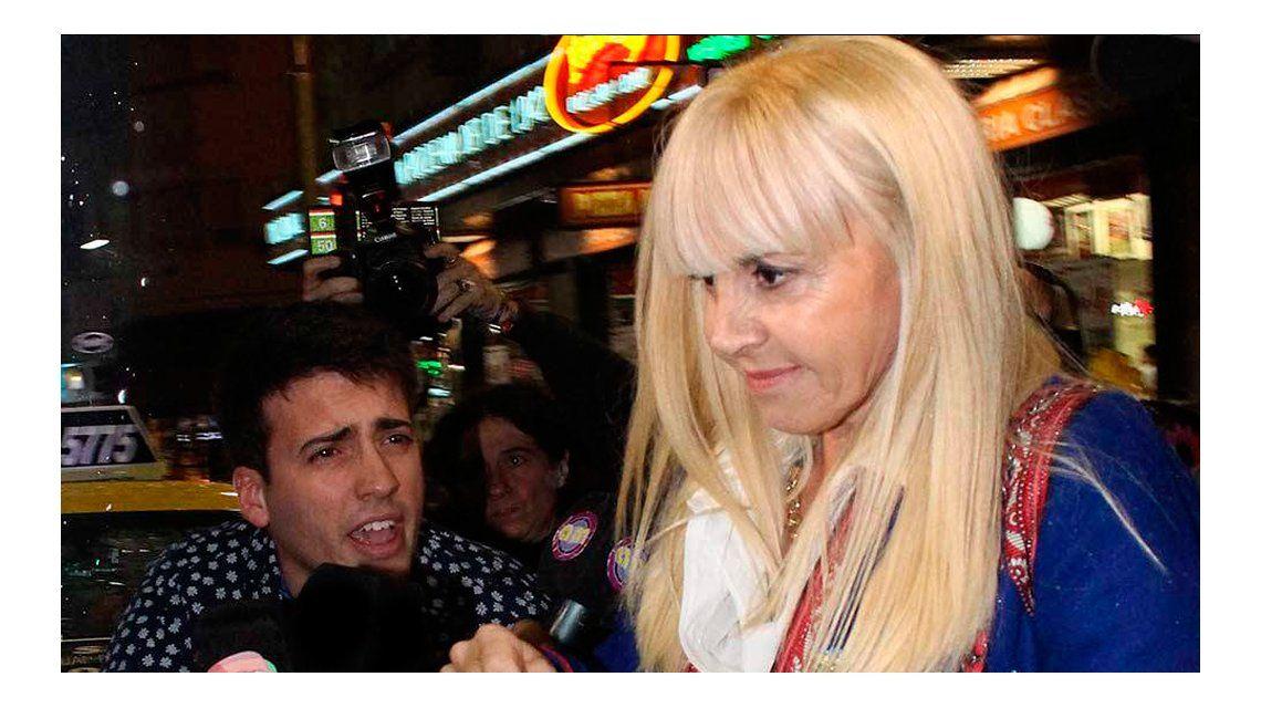 Claudia Villafañe le respondió a Diego Maradona.