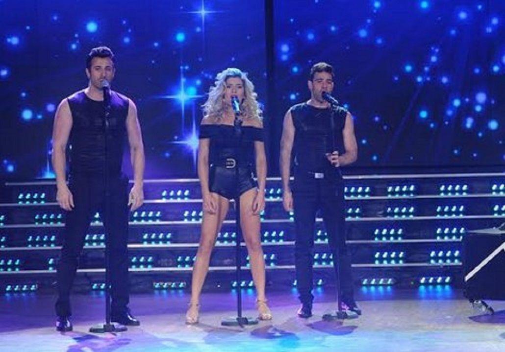 Laurita Fernández cantando en ShowMatch