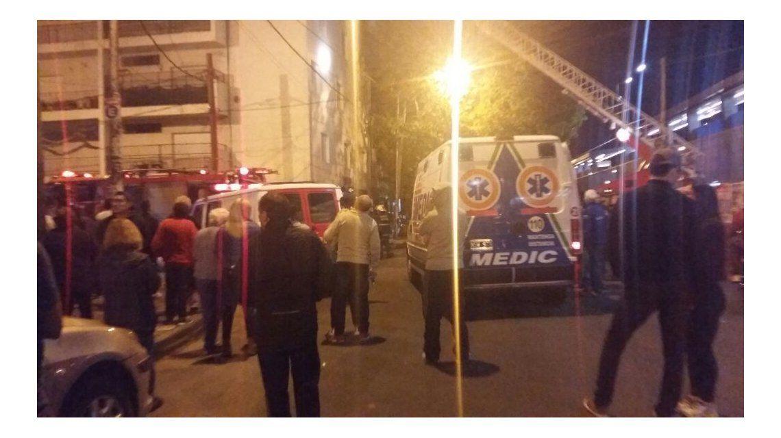 Incendio en un edificio de Ramos Mejía.