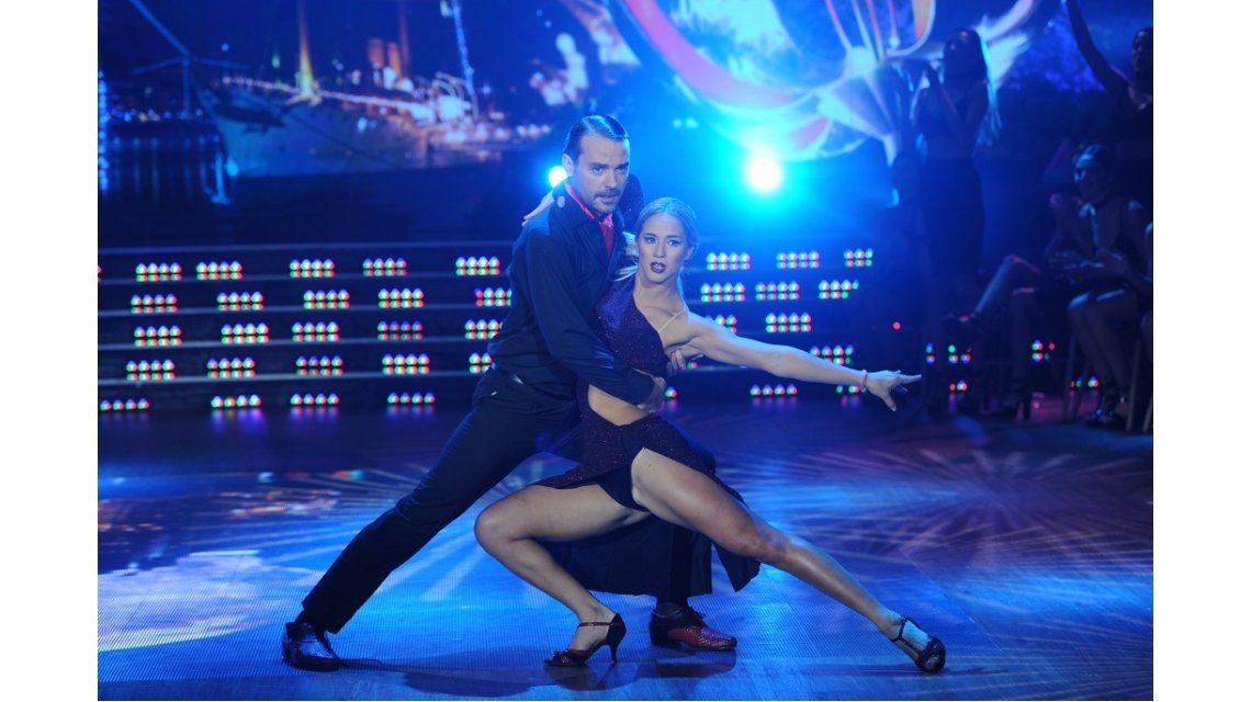 Pedro Alfonso bailó el tango a pesar de la lesión.