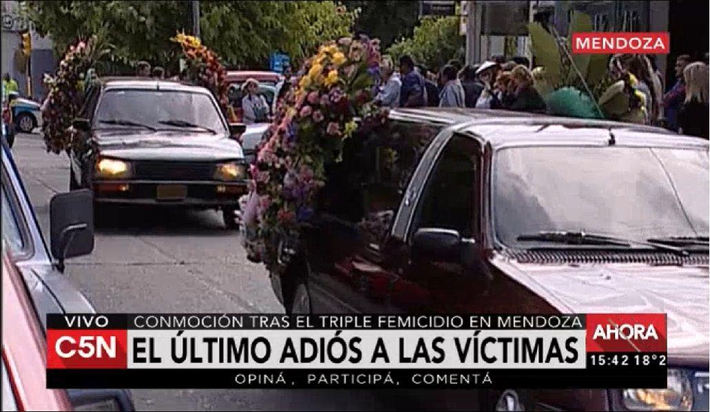 El funeral de las víctimas de la masacre de Mendoza