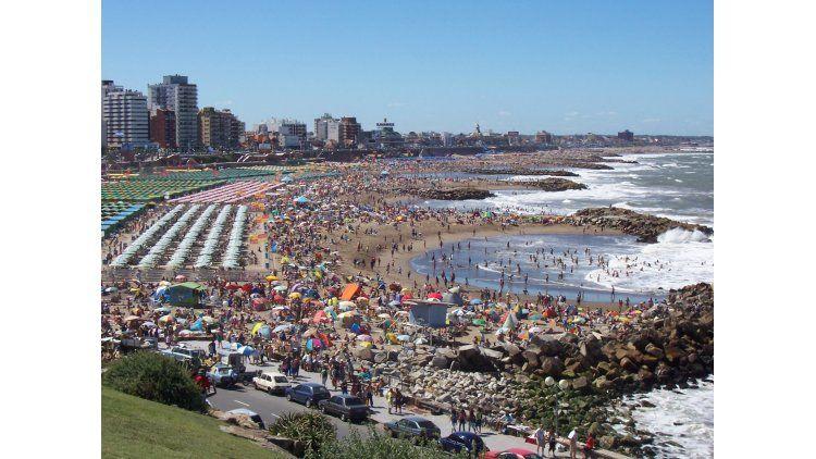 Nueva polémica por la eliminación de los feriados puente en 2017.