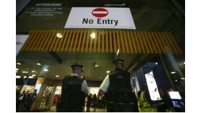 Miedo en Londres por el incidente químico en el aeropuerto