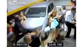 Una mujer de 61 años perdió el control de su vehículo y mató a dos personas