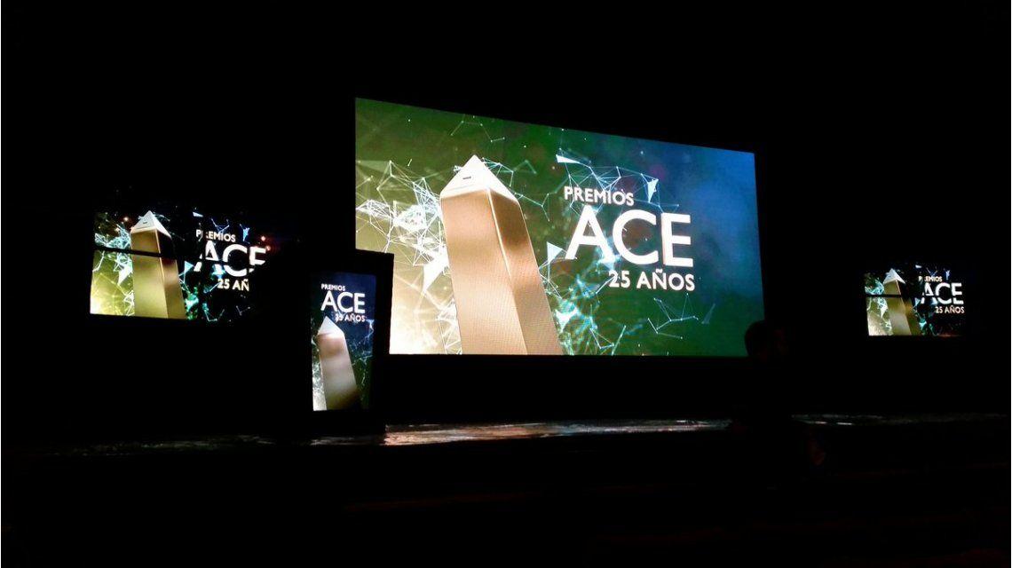 Escenario de los premios ACE 2016