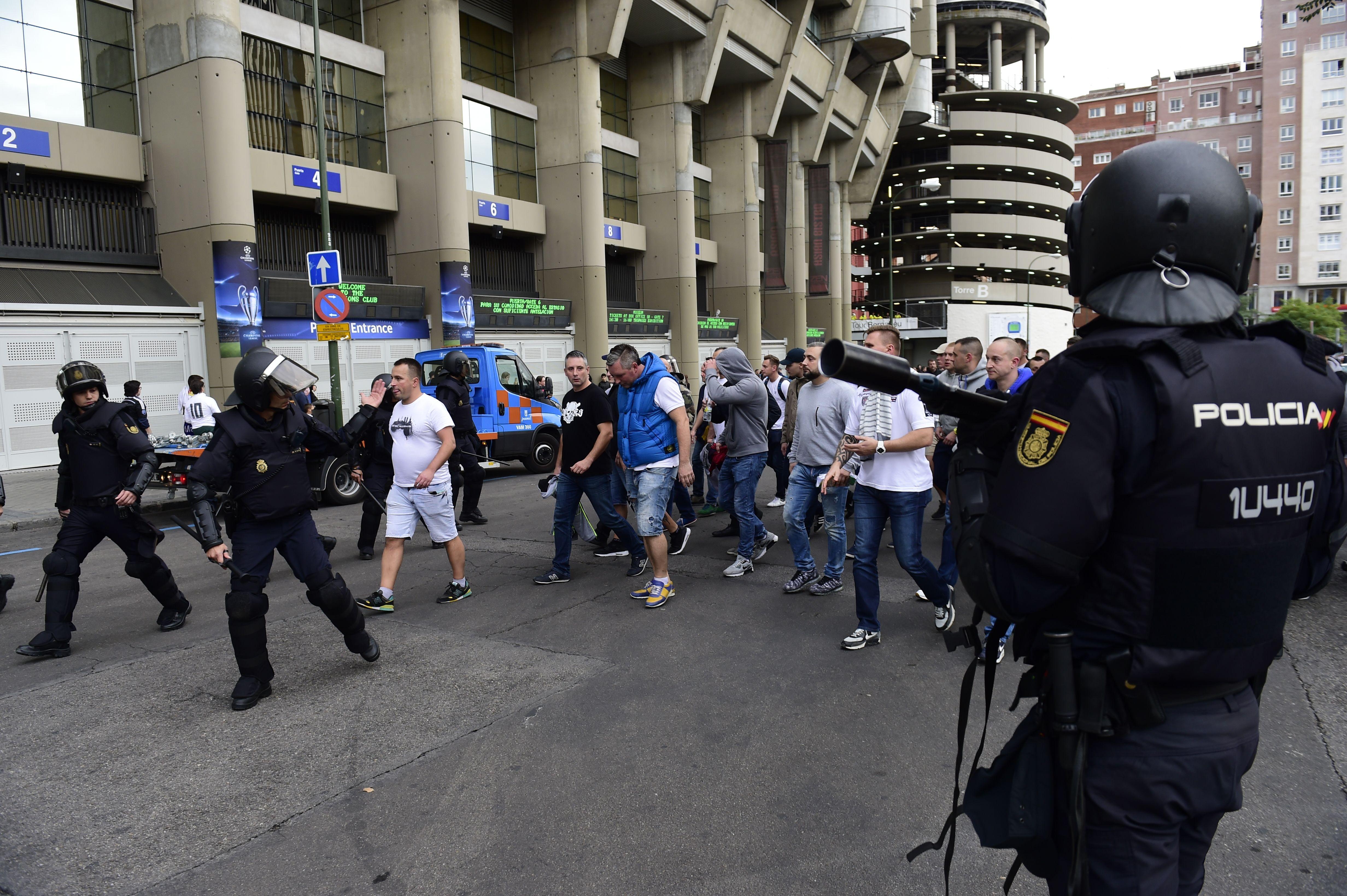 Los ultras del Legia Varsovia produjeron incidentes en Madrid