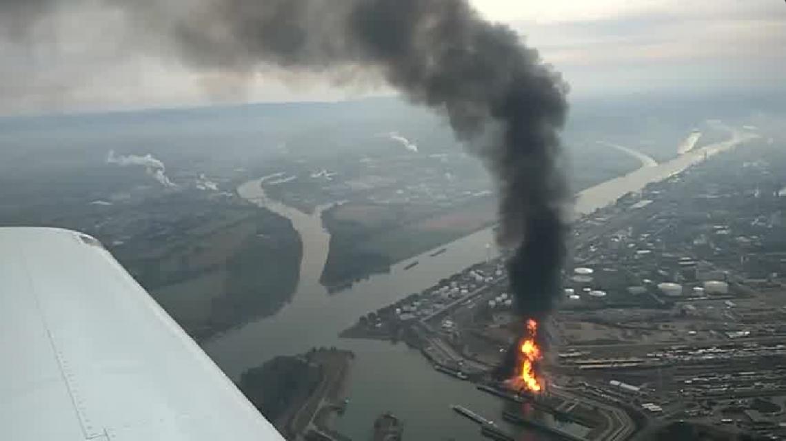 La explosión de una de las plantas de BASF registrada desde el aire