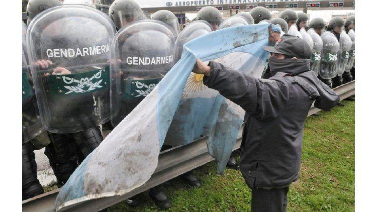 Gendarmería continúa espiando organizaciones sociales