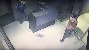 Un joven que se salvó de milagro en un edificio de Chaco.