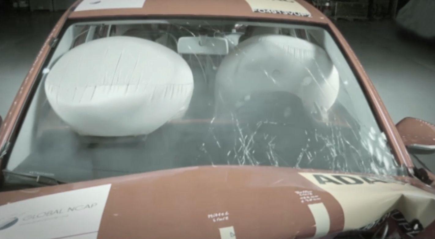 La FIA lanzó una campaña para concientizar sobre la seguridad vehicular.