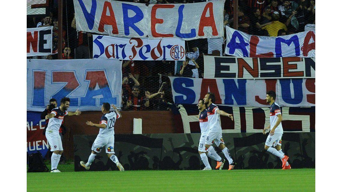 San Lorenzo enfrenta a Godoy Cruz en Lanús por los octavos de final de la Copa Argentina
