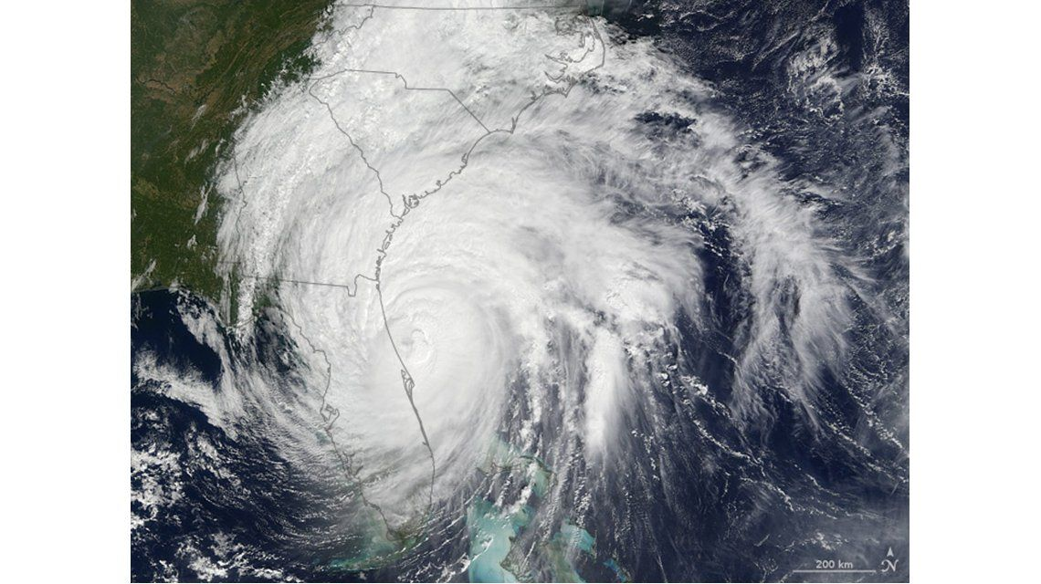 Imagen satelital del huracán Matthew